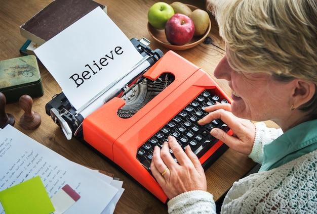 Uwierz, inspiracja, myślenie, wiara, koncepcja prawdy