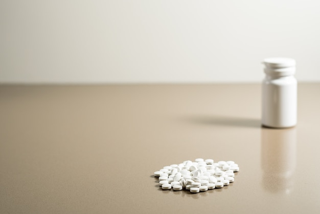 Uzależnienie od tabletek, aby wytrzymać ból depresji.