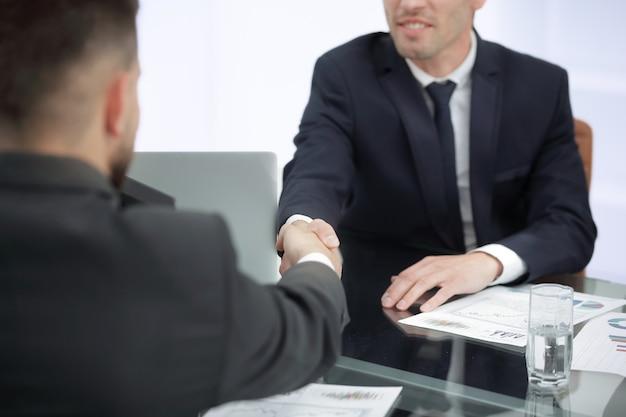 Uzgadnianie partnerów biznesowych