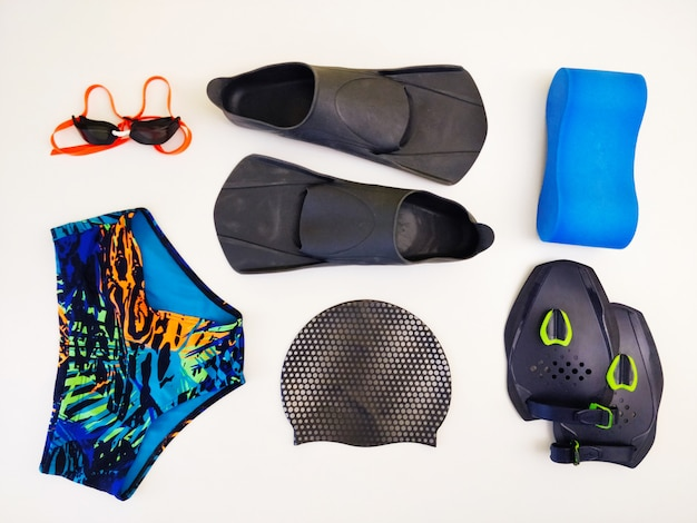 Uzupełnienia do treningu pływania.