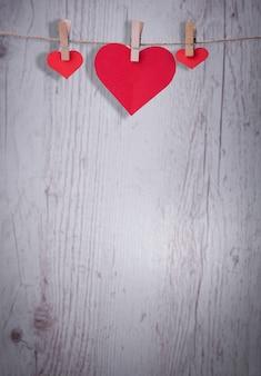 Valentine hearts z ręcznie robionymi aniołami, dobra karta gratulacyjna.