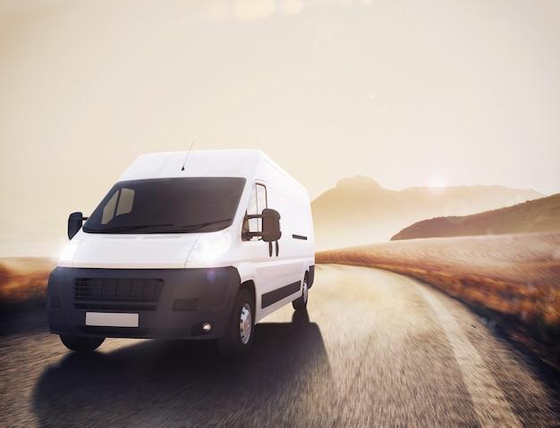 Van na drodze w naturalnym krajobrazie