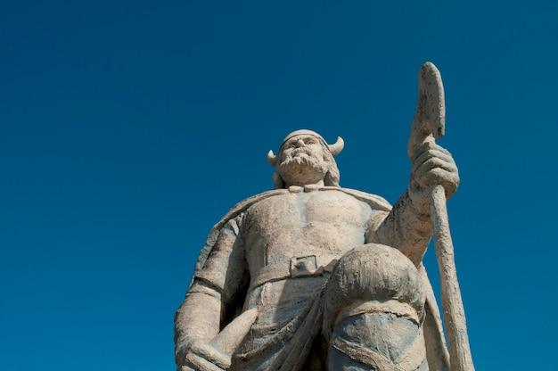 Viking statua w gimli, manitoba kanada
