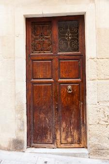 Vintage drewniane drzwi