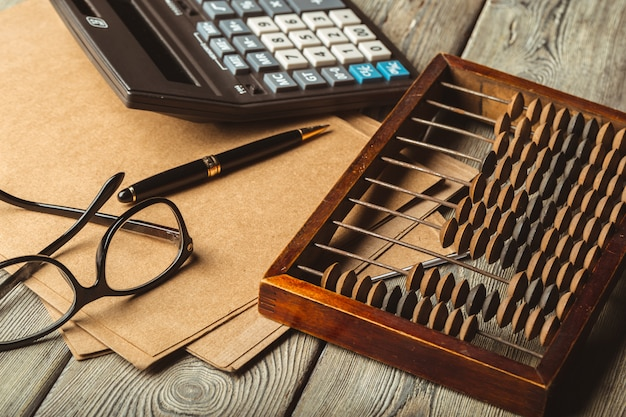 Vintage liczydła i kalkulator