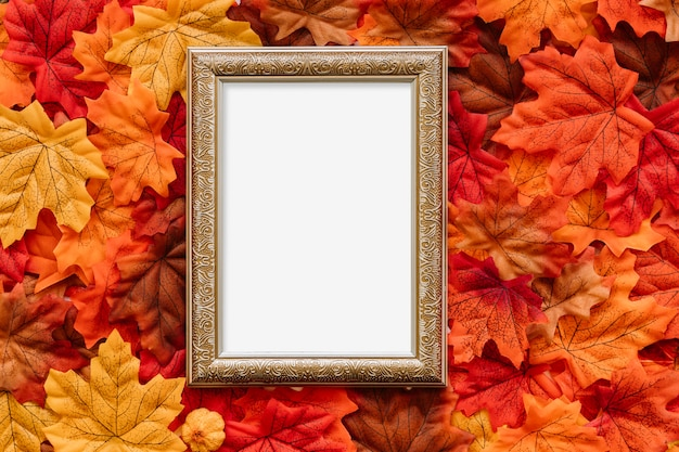 Vintage obraz pokładzie jesienią liście