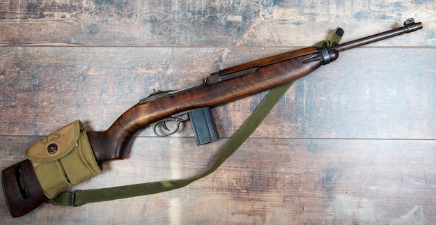 Vintage wojskowy karabin karabinowy m1
