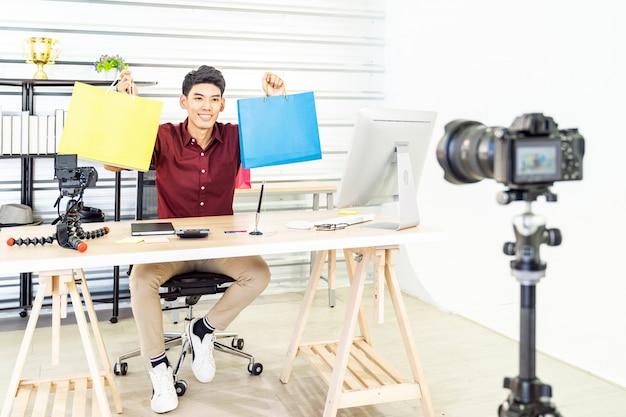 Vlog sprzedawcy online na żywo