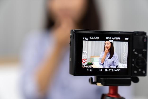 Vlogger wpływowych osób