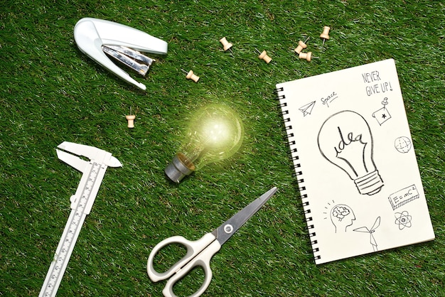W poszukiwaniu świetnego pomysłu. koncepcja kreatywnego pomysłu