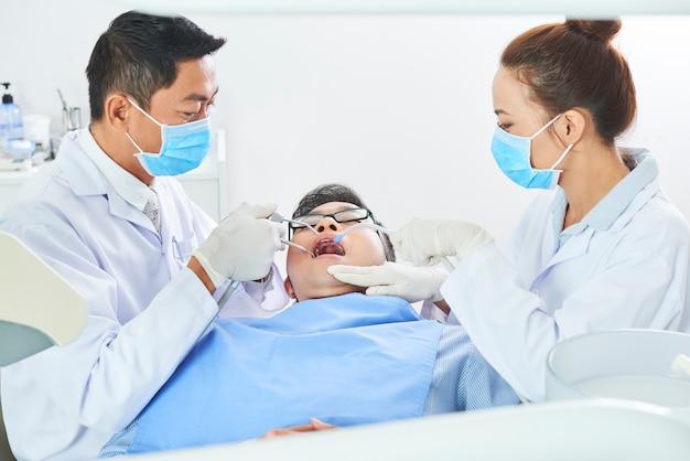 W prywatnej klinice dentystycznej