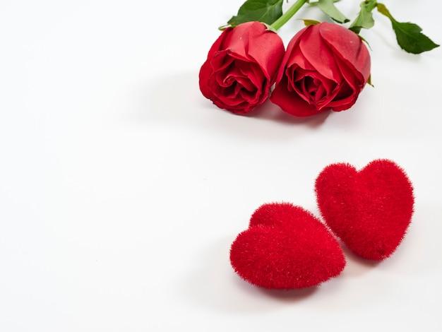 Walentynki karty, czerwone róże i serca