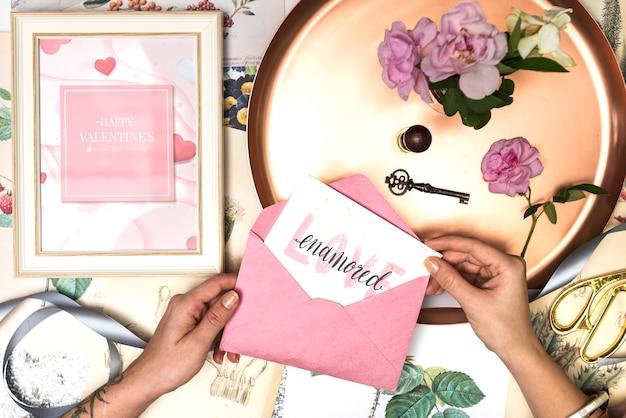 Walentynki płaskie świeckie karty z pozdrowieniami