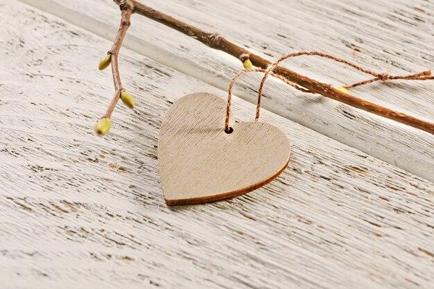 Walentynki serce na drewnianym tle