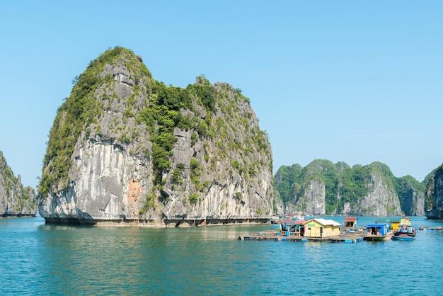 Wapień halong zatoki krajobrazu