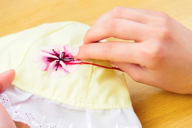 Warsztaty szycia i haftu
