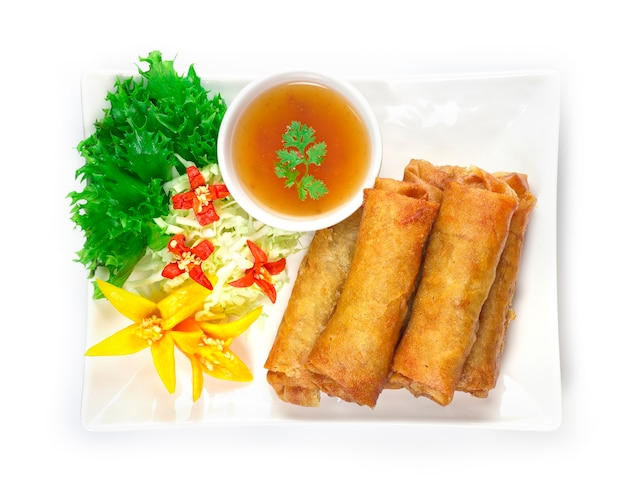 Warzywa sajgonki smażone w głębokim tłuszczu tajskie jedzenie fusion