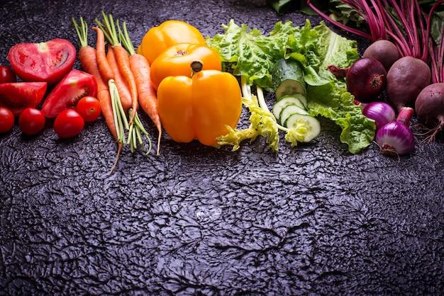 Warzywa w kolorze tęczy.