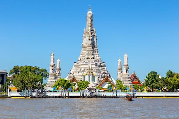 Wat arun duży punkt zwrotny w bangkok mieście, tajlandia