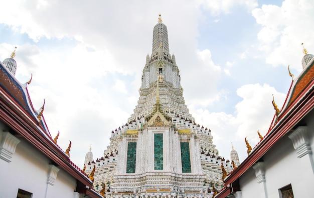 Wat arun ratchawararam świątynia świtu bangkok tajlandia