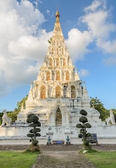 Wat chedi liam lub wat ku kham w starożytnym tajskim mieście wiang kum kam w tajlandii