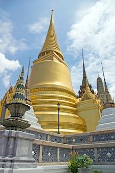 Wat phra kaeo, świątynia szmaragdowego buddy, tajlandia