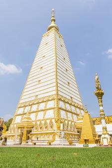 Wat phra that nong bua, prowincja ubon ratchathani, północny wschód tajlandii