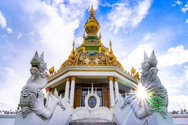 Wata thung setthi świątynia przy khonkaen prowincją tajlandia