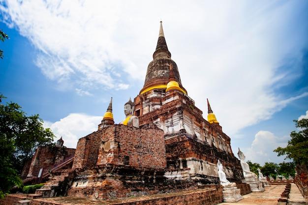 Wata yai chai mongkol świątynia w ayutthaya światowego dziedzictwa miejscu unesco w środkowym thailand
