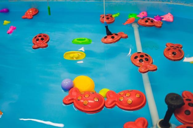 Wędkowanie w brodziku zabawki dla dzieci w basenie zabawka ryba wędka wesołe dzieci wędkowanie wędkowanie w brodziku