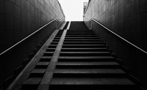 Wejście po schodach