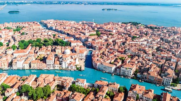 Wenecja miasto kanał grande i domów widok z lotu ptaka, wyspa wyspy pejzaż miejski wenecja i wenecka laguna od above, włochy