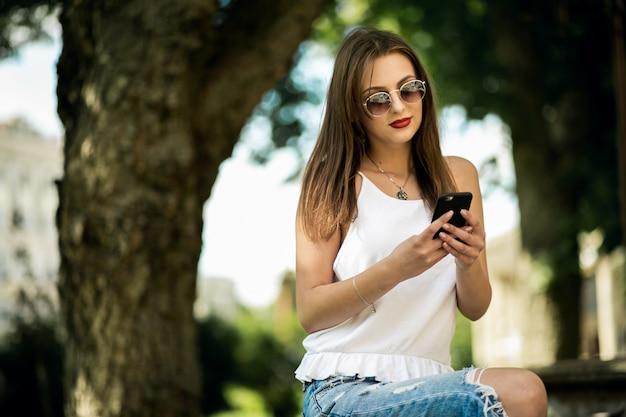 Wesoå,ej technologii charakter telefonu zielony pretty
