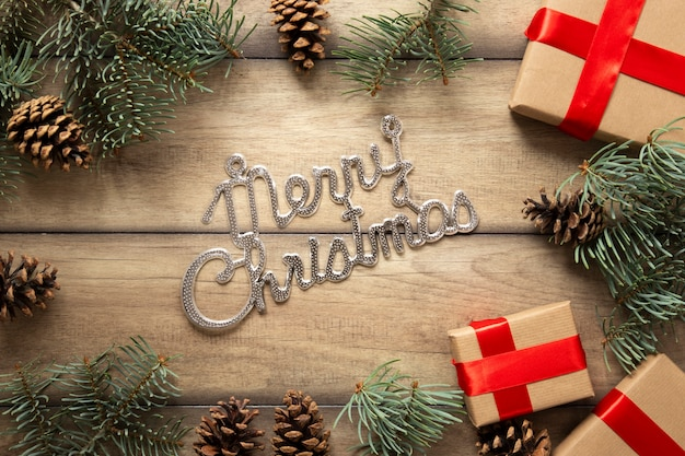 Wesołych świąt bożego narodzenia znak z prezentami