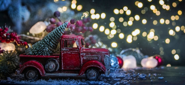 Wesołych świąt i szczęśliwego nowego roku, wakacje kartkę z życzeniami z tło niewyraźne