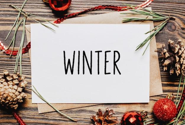 Wesołych świąt i wesołego nowego roku zeszyt koncepcyjny z tekstem zimowym