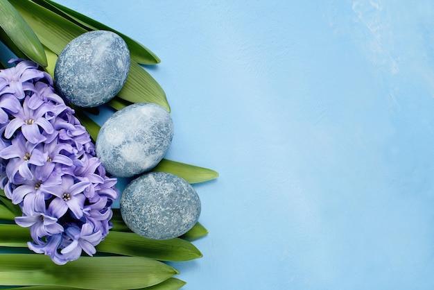 Wesołych świąt wielkanocnych uroczysty kartkę z życzeniami