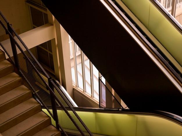 Wewnętrzny schody przy musee d'orsay