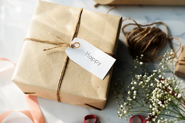 Wiadomość etykieta etykieta karta obecna koncepcja prezentu