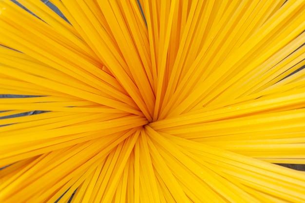 Wiązka spaghetti z widokiem z przodu