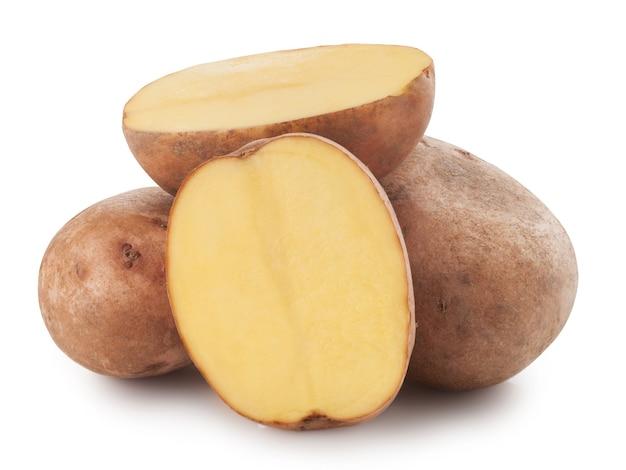Wiązka ziemniaków na białym tle