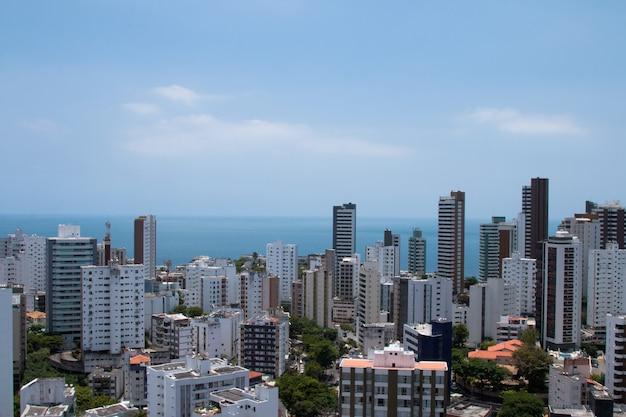 Widok budynków w mieście salvador bahia w brazylii.