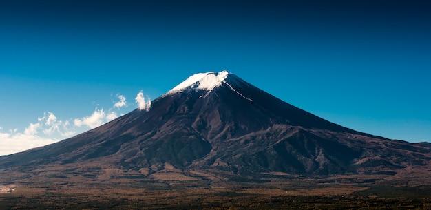Widok góry fuji z czerwonej pagody