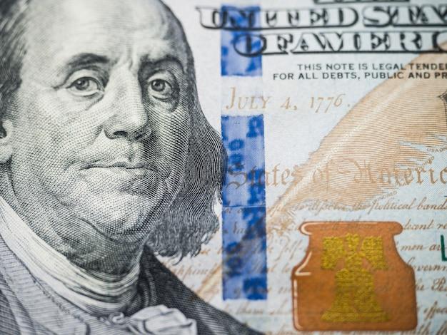 Widok makro banknotu stu usd