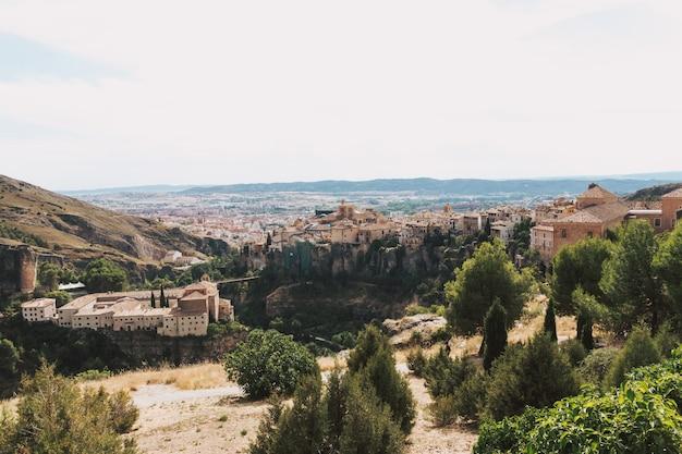 Widok miasta cuenca z punktu widzenia