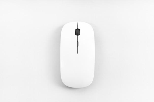 Widok myszy bezprzewodowej z góry