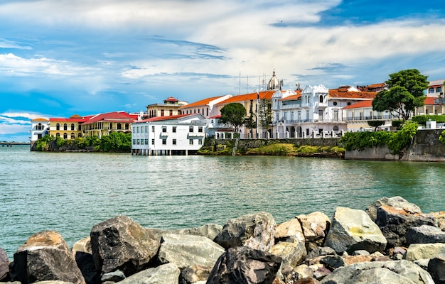 Widok na casco viejo, historyczną dzielnicę panama city, wpisaną na listę światowego dziedzictwa unesco