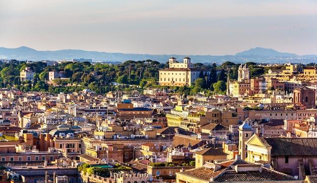 Widok na dachy rzymu