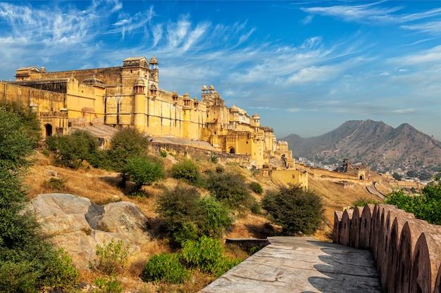 Widok na fort amer (amber), rajasthan, indie