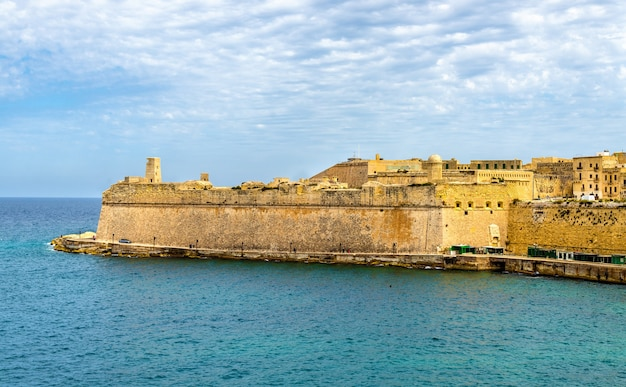 Widok na fort saint elmo w valletta malta
